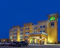 hotel-architecture-3.jpg
