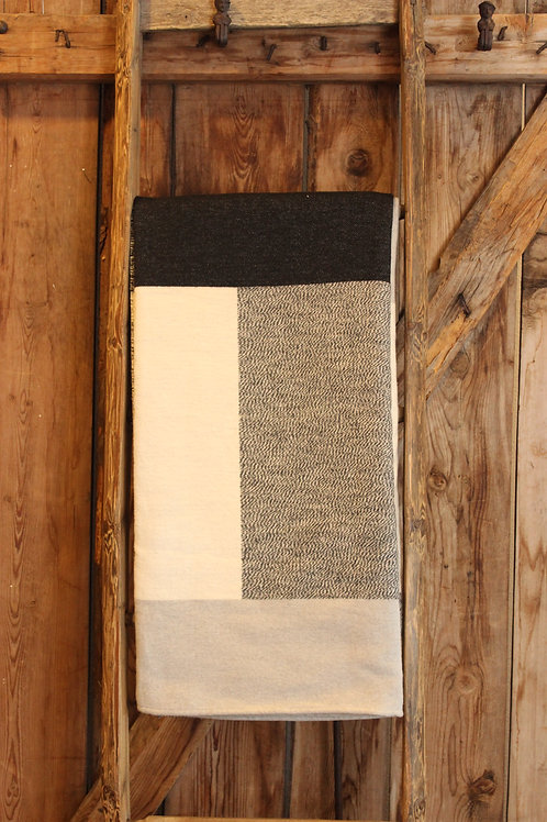 Decke Quadrate grau,weiss,schwarz