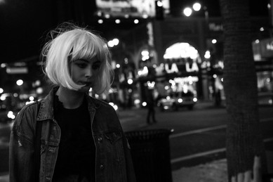 Nora Arnezeder - City shooting