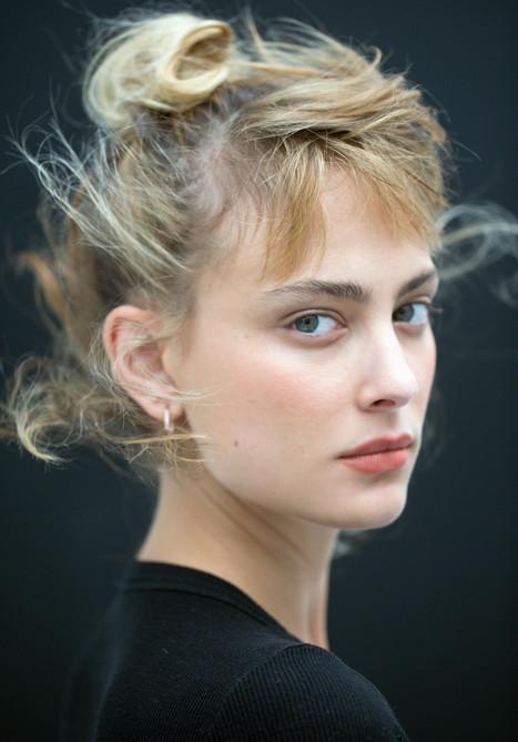 Nora Arnezeder par L.Laborie