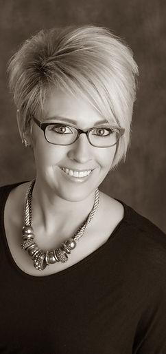 0053_j01357_stoneridge ad glasses retouc