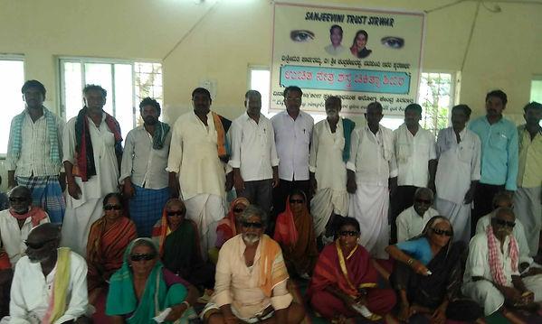 Sanjeevini Trust volunteers