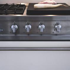 cuisine-moderne-sur-mesure-laque-placagechene