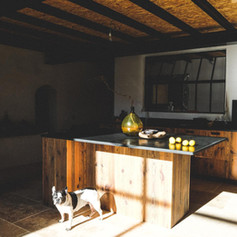 cuisine-authentique-sur-mesure-vieux-triplis-de-pin-massif