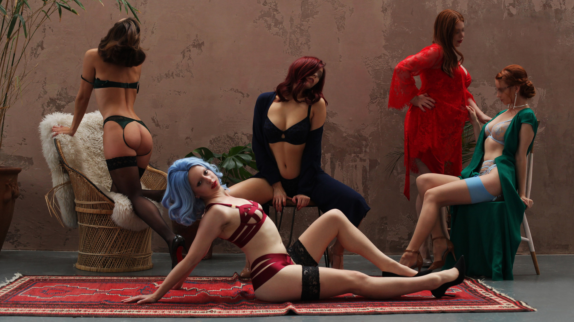Claude Love and Kinky London Escorts Louisa Knight, Scarlett May, Annie Lilja and Pure Lily