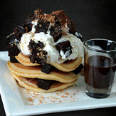 Truly Two Cafe - Brownies Pancake
