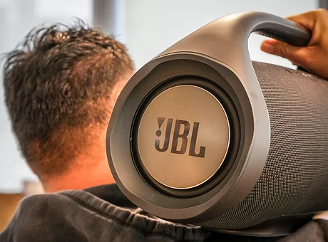 jbl-boombox-007.webp