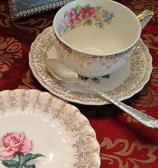 Vintage China Rental Elegant Event Settings in PA, Wedding Decor and Vintage Rentals for PA and NJ