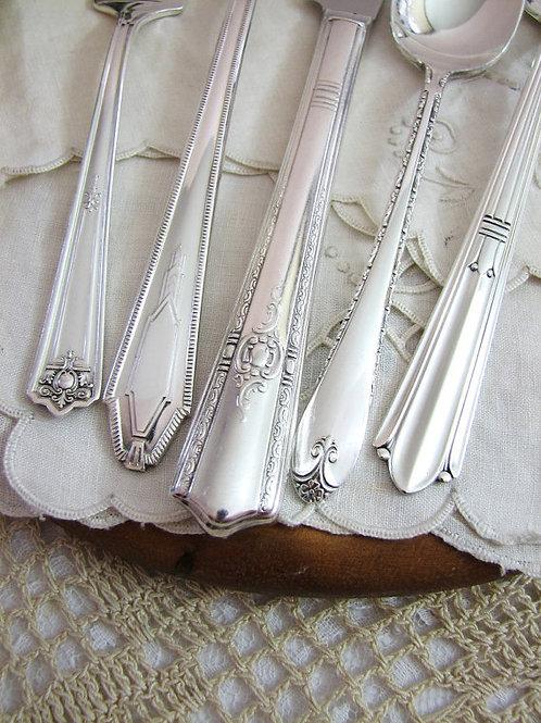 Butter Knife (Vintage / Antique) - Limited