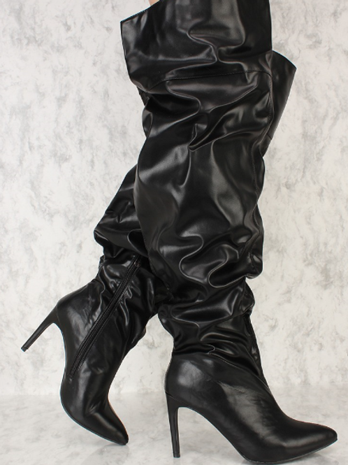 Ruched Black Boot
