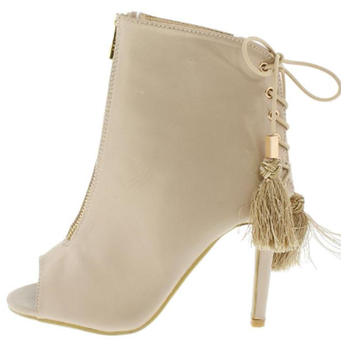 Lace Up Tassle