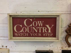 Cow Cuntry sign