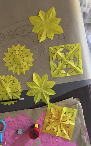 Kastura Ram makes some paper models of various motifs