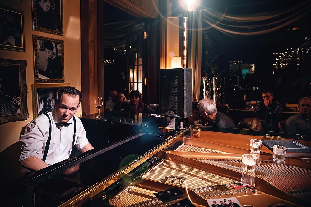 Live im Hotel Montana Luzern während des Jazzfestivals «Piano Off-Stage».