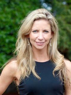Laura Chicurel - CEO Innova360