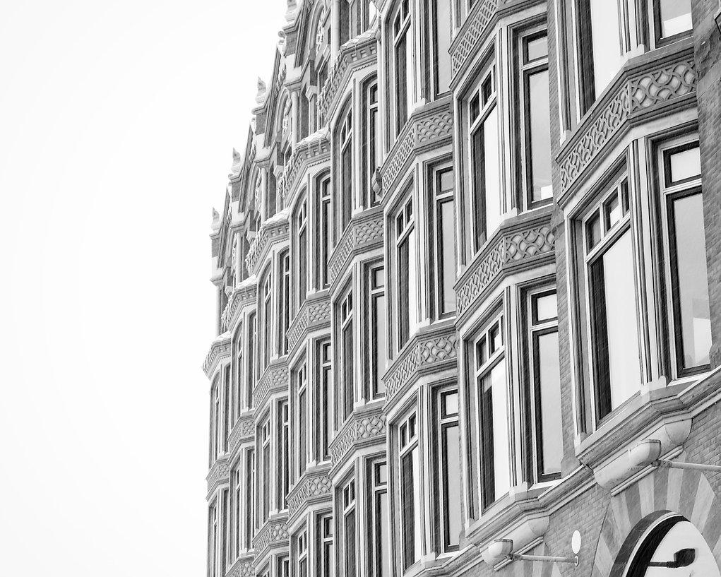 black-and-white-classic-architecture_446