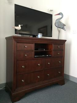 Entertainment Dresser