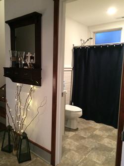 Full Bath Entrance