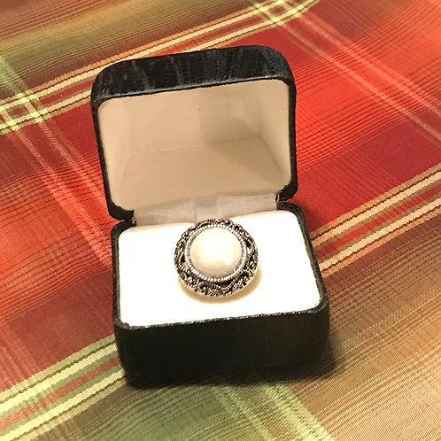 Pearl-Like Button Ring