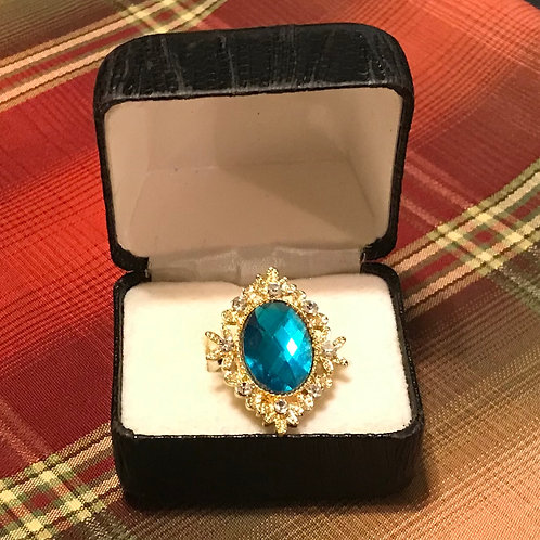 Emerald Ladies Ring