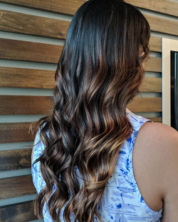 We took the step toward getting lighter by adding some dimension using Balayage 😁 Chocolate, butter