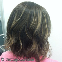 Color melt and Balayage _3 _I'm still booking for the end of the year !!! Don't wait til it's to lat