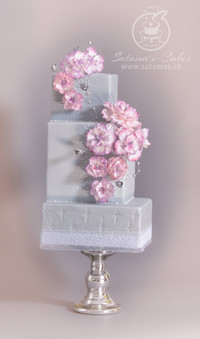 elegant_fantasy_cake_1.jpg