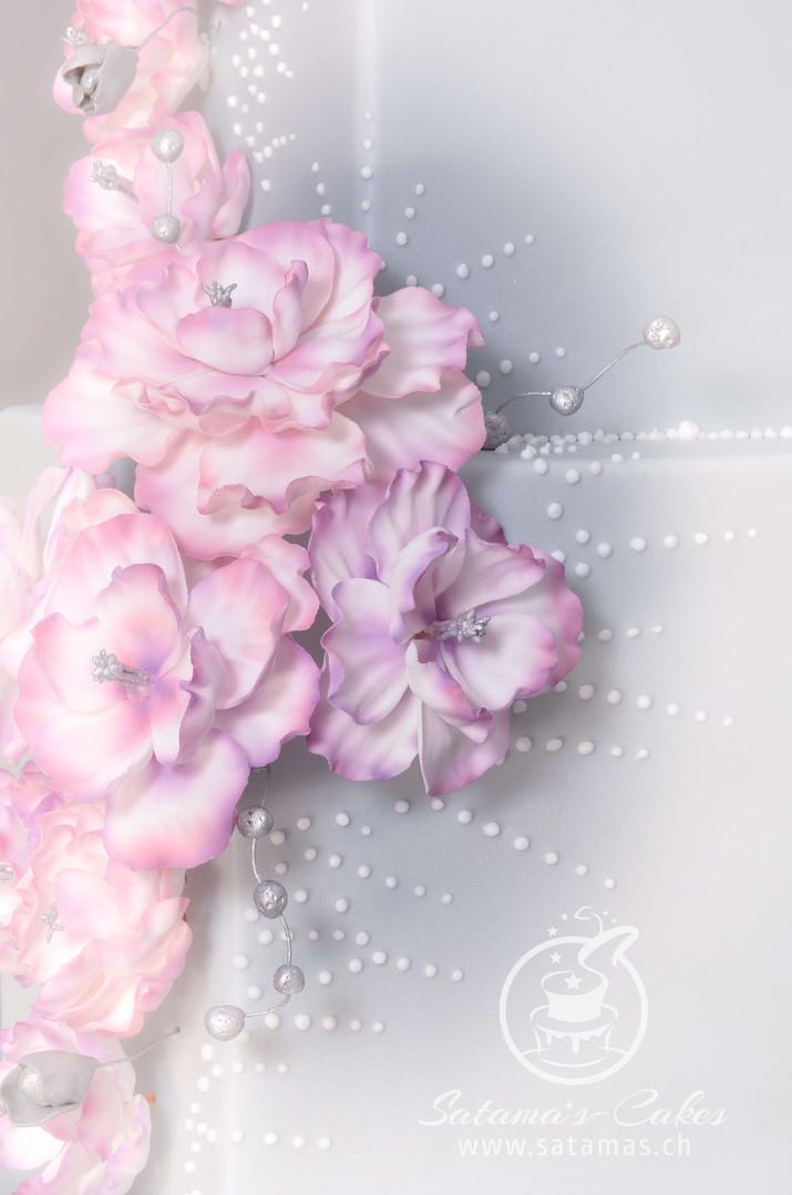 elegant_fantasy_cake_blume.jpg