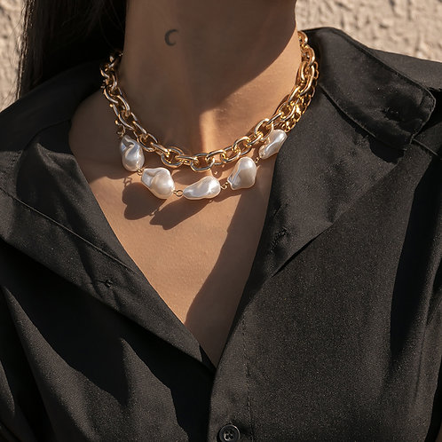 PRETTY IN PEARL DOUBLE NECKLACE