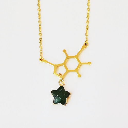 GOLD-PLATED DOPAMINE NECKLACE WITH GREEN AGATE STAR