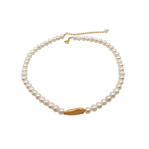 ELEGANT WHITE FRESHWATER PEARL WITH GOLD BAROQUE PEARL NECKLACE