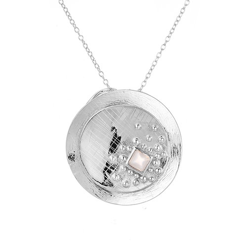 FULL MOON CIRCULAR NECKLACE IN STERLING SILVER