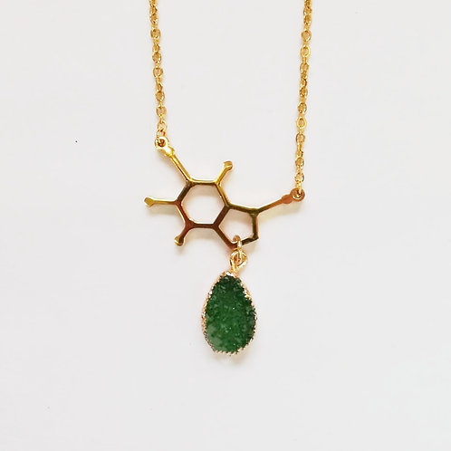 DOPAMINE GOLD-PLATED NECKLACE WITH GREEN DRUZY