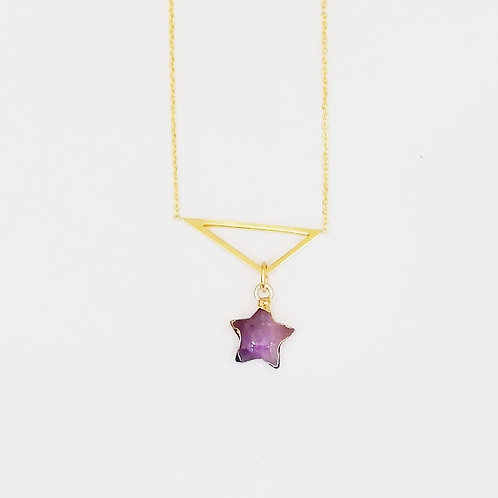 GOLD-PLATED TRIANGLE PENDANT WITH AMETHYST STAR