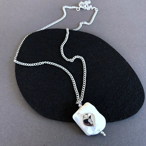 FRESHWATER PEARL HEART SILVER NECKLACE