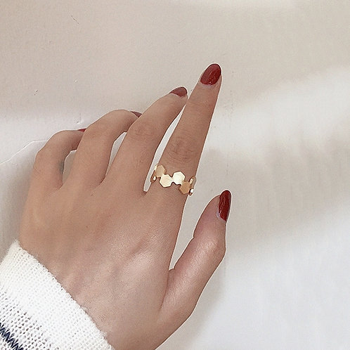 HONEYCOMB GOLD PLATED OPEN RING