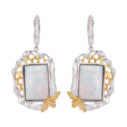 BEE ON HONEYCOMB EARRINGS IN STERLING SILVER WITH OPAL