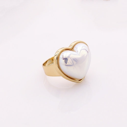 PRETTY IN PEARL ADJUSTABLE HEART RING