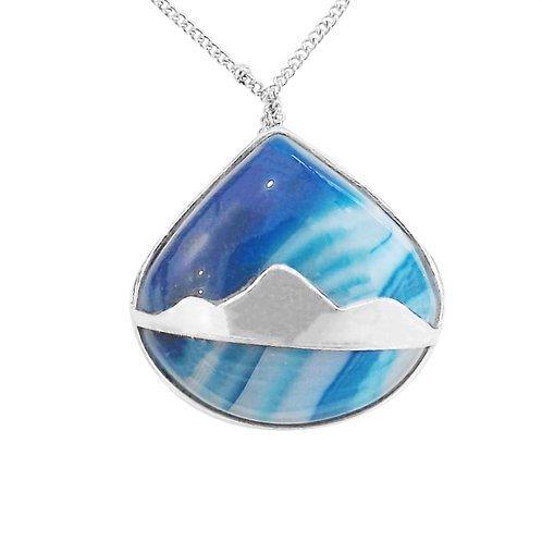 BLUE AGATE MOUNTAIN NECKLACE IN STERLING SILVER