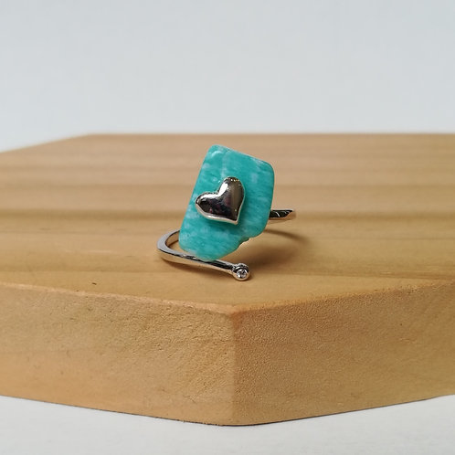 IRREGULAR AMAZONITE WITH HEART ADJUSTABLE RING IN STERLING SILVER