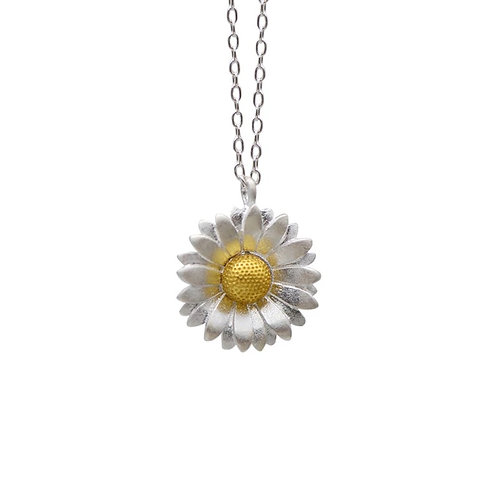 DAISY NECKLACE IN STERLING SILVER & GOLD
