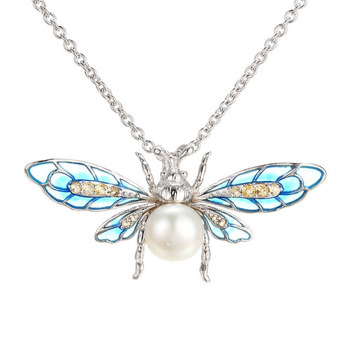 CHARMING CREATURES BLUE ENAMEL BEE NECKLACE WITH PERFECT FRESHWATER PEARL