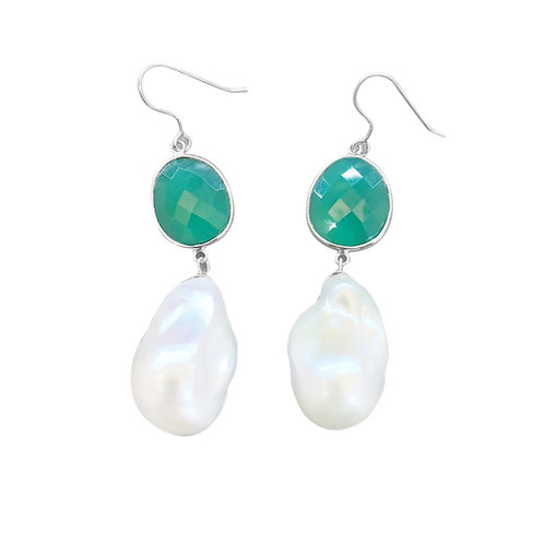 LARGE BAROQUE CULTURED PEARL WITH GREEN JADE EARRINGS