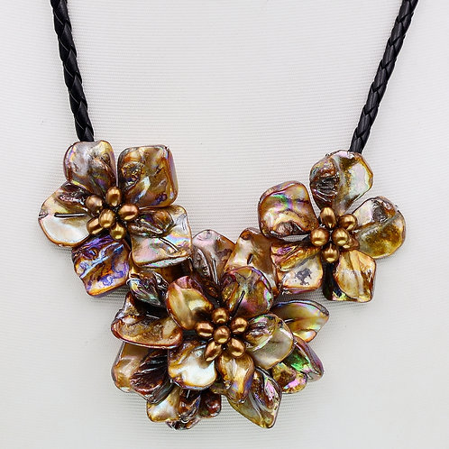GOLDEN BROWN SHELL PEARL STATEMENT NECKLACE