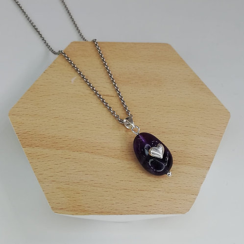 IRREGULAR AMETHYST WITH HEART NECKLACE IN STERLING SILVER
