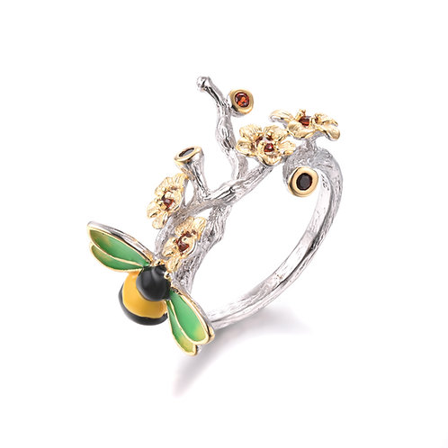 HAND ENAMELLED BEE STERLING SILVER RING W. GOLD PLATED GARNET BLOSSOM