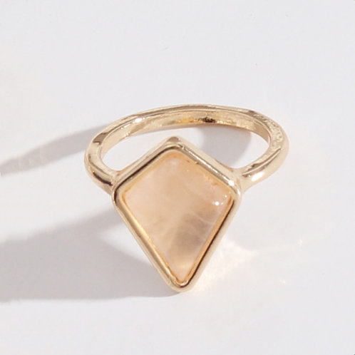 ROSE QUARTZ DIAMOND SHAPED GOLD PLATED RING