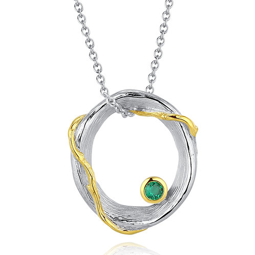 HOOP NECKLACE WITH PERIDOT IN STERLING SILVER