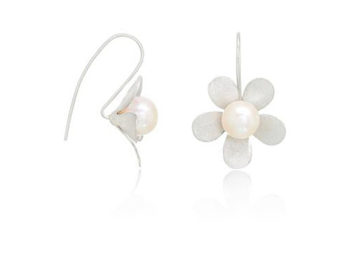 STERLING SILVER DAISY DROP EARRINGS WITH FRESHWATER PEARL