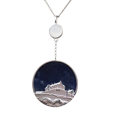 EDINBURGH CASTLE NECKLACE IN STERLING SILVER WITH BLUE AGATE AND MOONSTONE